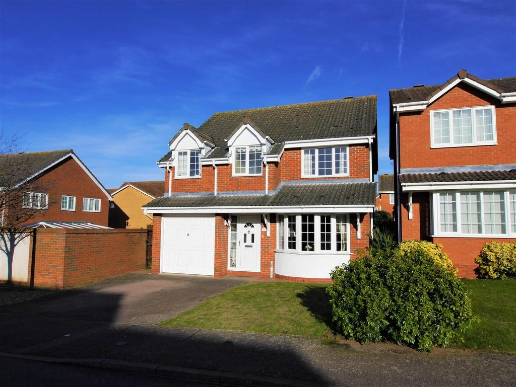 4 Bedrooms Detached House for sale in 36 Edwin Panks Road, Hadleigh, Ipswich, Suffolk, IP7 5JL