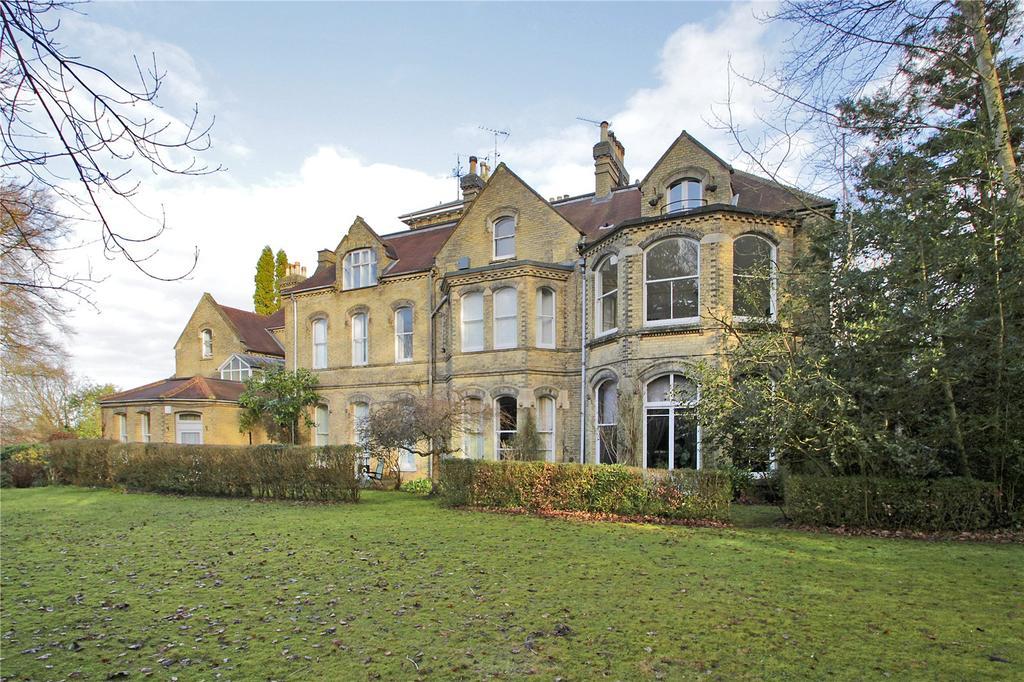 2 Bedrooms Apartment Flat for sale in Oakhill Road, Sevenoaks, Kent, TN13