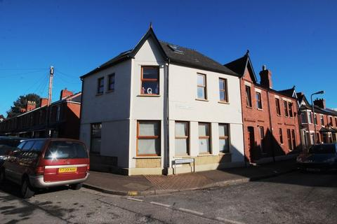 2 bedroom ground floor flat to rent - Ty Mawr Road, Cardiff