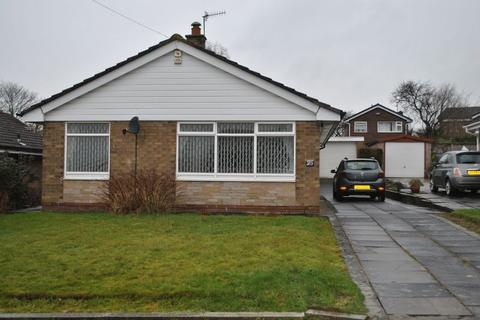3 bedroom house to rent - Manor Park, Fairweather Green, BD8 0LY