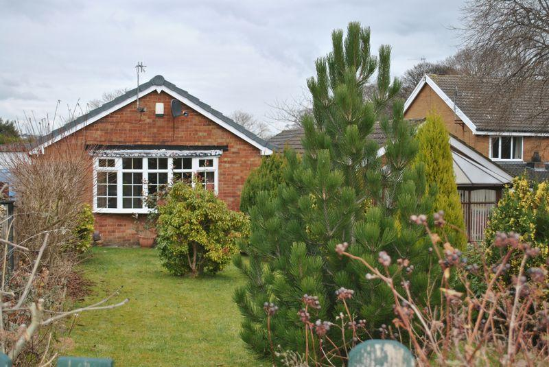 2 Bedrooms Detached House for sale in Hunters Park Avenue, Clayton, BD14 6EW
