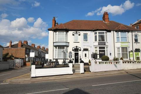 Guest house for sale - ISAACS HILL, CLEETHORPES