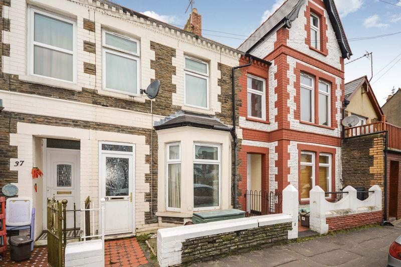 4 Bedrooms Terraced House for sale in Alfred Street, Roath, Cardiff