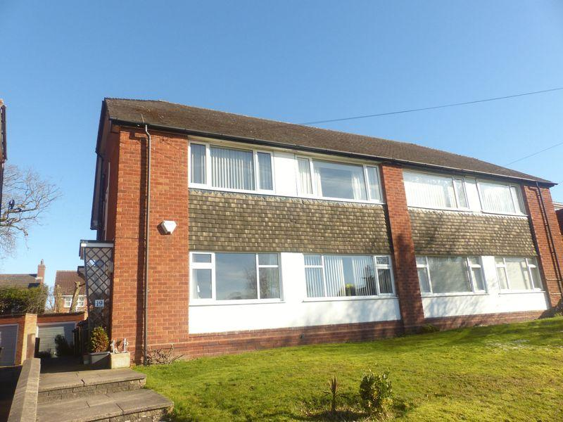 2 Bedrooms Maisonette Flat for sale in Aulton Road, Sutton Coldfield