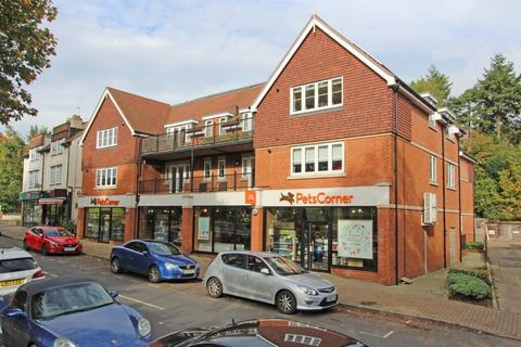 2 bedroom apartment to rent - Kingswood, Surrey