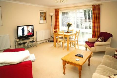3 bedroom apartment for sale - Kensington Grove, Manchester