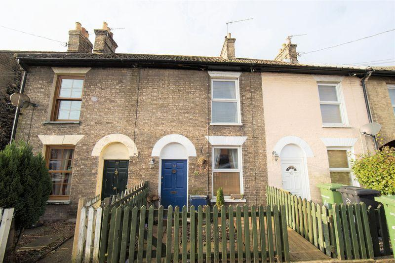 2 Bedrooms Terraced House for sale in Station Road, Thetford