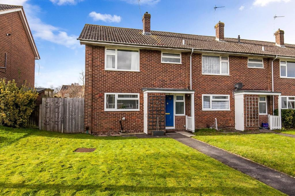 3 Bedrooms End Of Terrace House for sale in Priors Dean Road, Harestock, Winchester, SO22