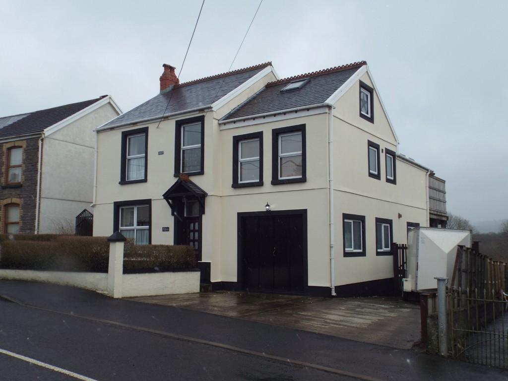 5 Bedrooms Detached House for sale in Llannon Road, Pontyberem
