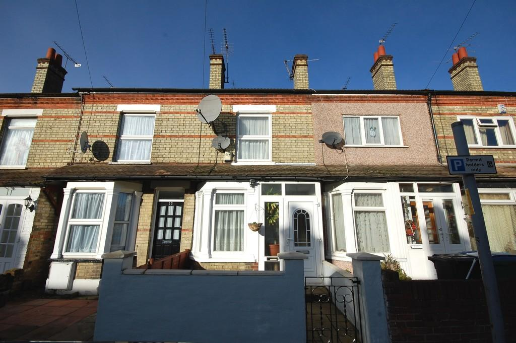 2 Bedrooms Terraced House for rent in CENTRAL WATFORD