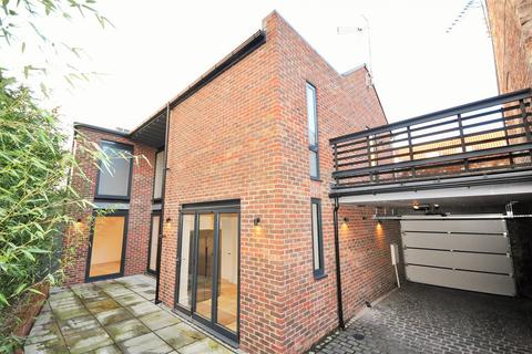 3 bedroom detached house for sale - Grosvenor Road, Bootham, York YO30 7AN