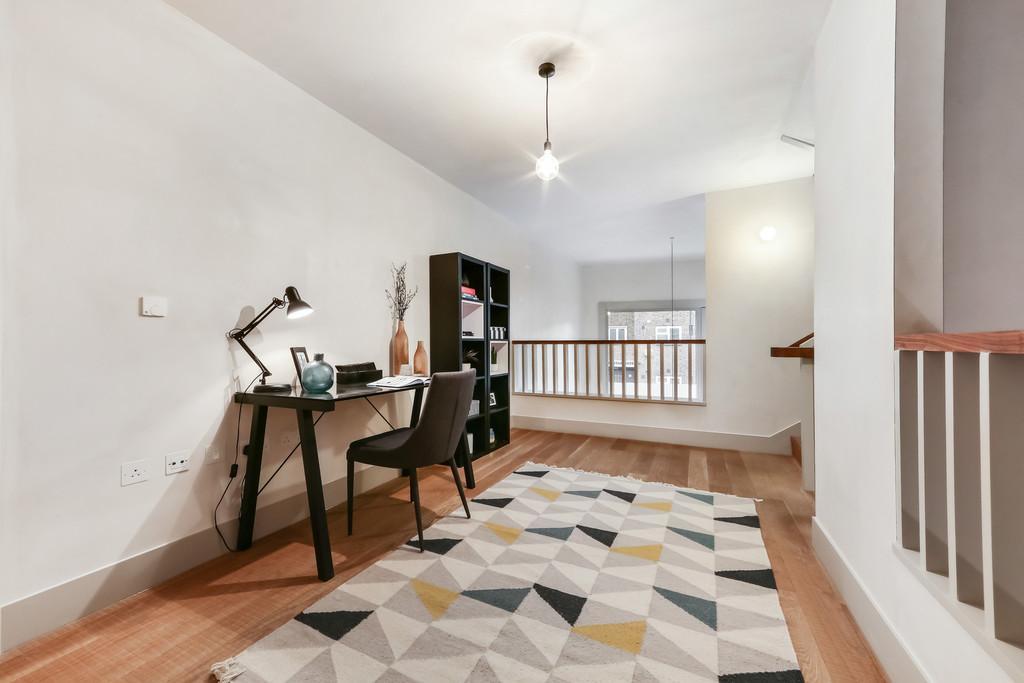 4 Bedrooms Apartment Flat for sale in Wenlock Street, N1 7NT