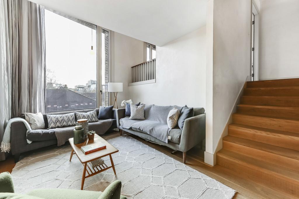 5 Bedrooms Apartment Flat for sale in Wenlock Street, N1 7NT