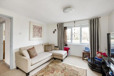 1 bedroom flat to rent - Heathcote Road, TW1