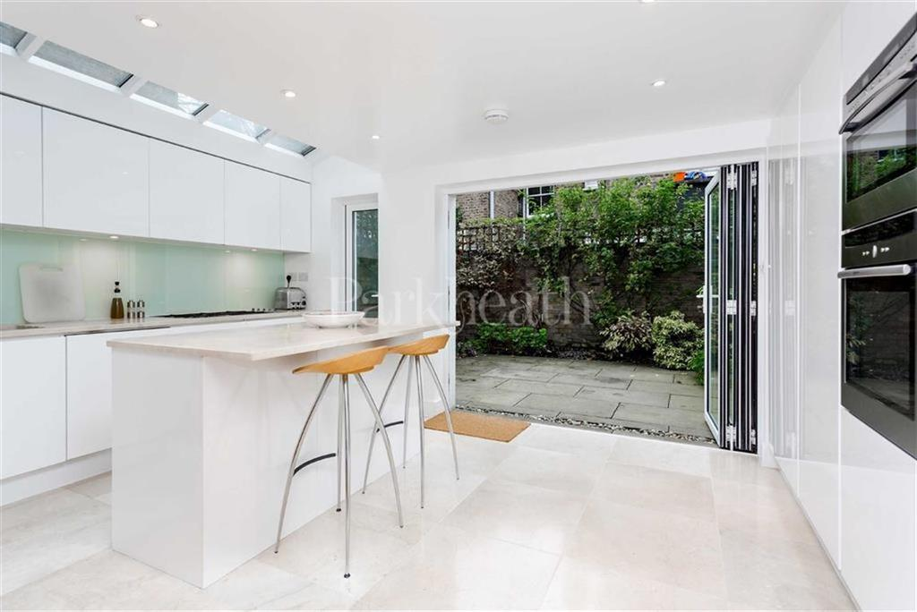 4 Bedrooms House for sale in Cotleigh Road, West Hampstead, London