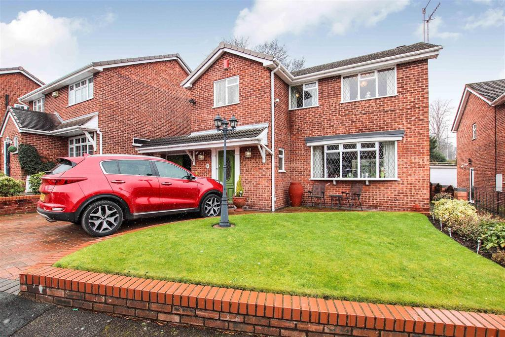 3 Bedrooms Detached House for sale in Dorrington Grove, Porthill, Newcastle, Staffs