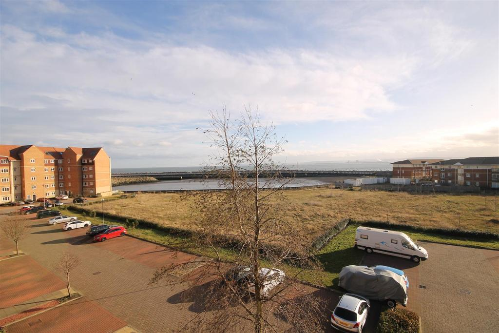 1 Bedroom Apartment Flat for sale in Sandpiper House, Marina, Hartlepool