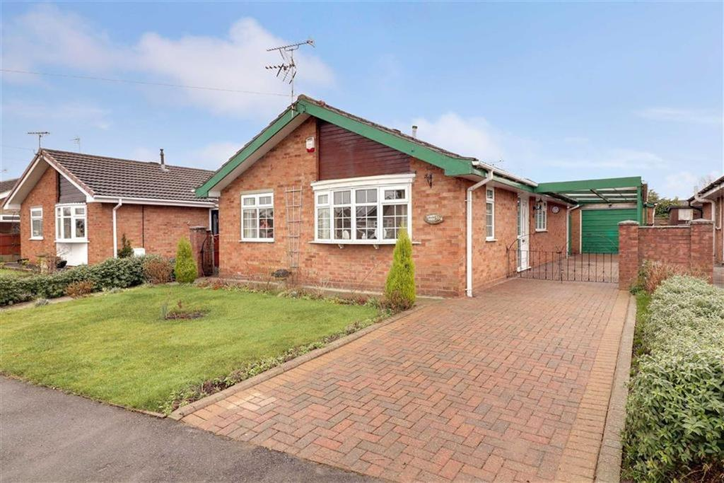3 Bedrooms Detached Bungalow for sale in Nun House Drive, Winsford, Cheshire