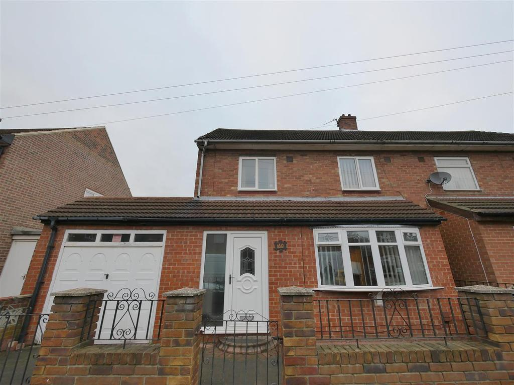 3 Bedrooms Semi Detached House for sale in Palgrove Road, Pennywell, Sunderland
