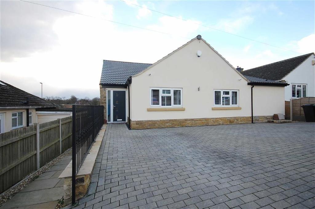 4 Bedrooms Detached Bungalow for sale in Springbank, Garforth, Leeds, LS25