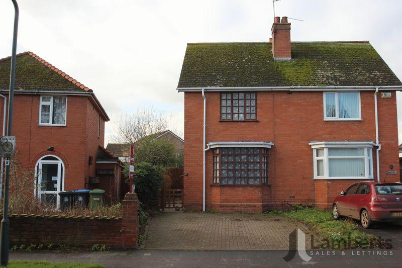 2 Bedrooms Semi Detached House for sale in Crooks Lane, Studley