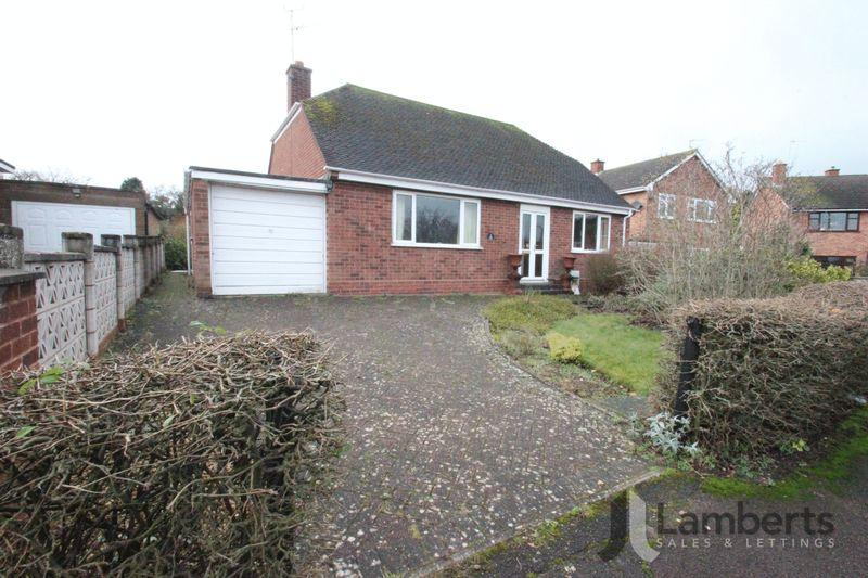 2 Bedrooms Detached Bungalow for sale in Lansdowne Road, Studley