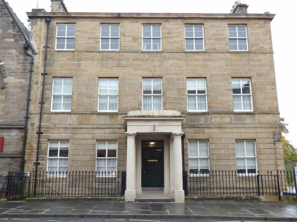 2 Bedrooms Flat for sale in St Catherine Street, Cupar, Fife