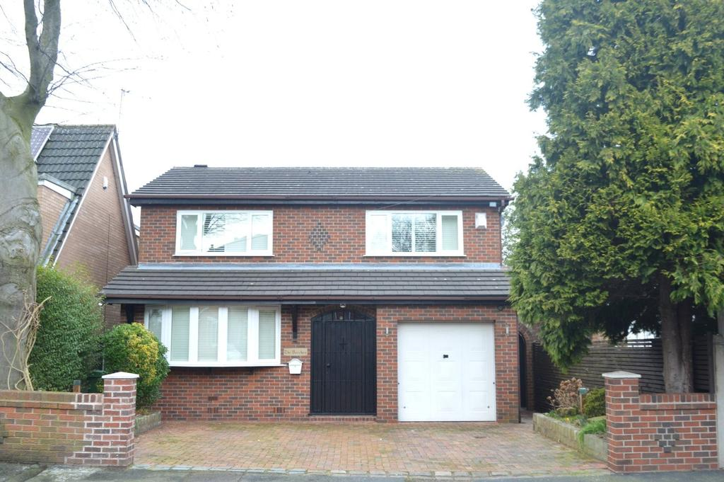 4 Bedrooms Detached House for sale in Newlands Road, Stockton Heath, Warrington