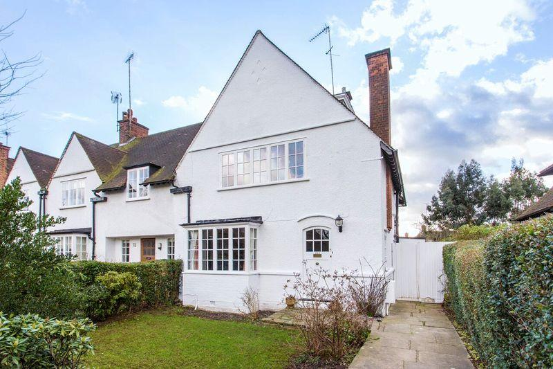 4 Bedrooms Semi Detached House for sale in Hampstead Way, Hampstead Garden Suburb, NW11