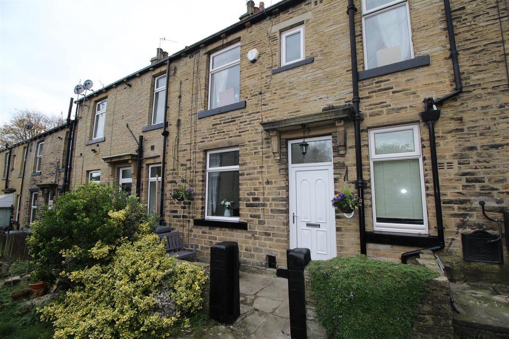 2 Bedrooms Terraced House for sale in Ley Fleaks Road, Bradford