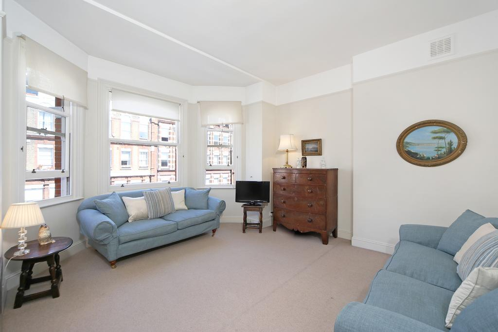 1 Bedroom Flat for sale in Bolton Gardens, SW5