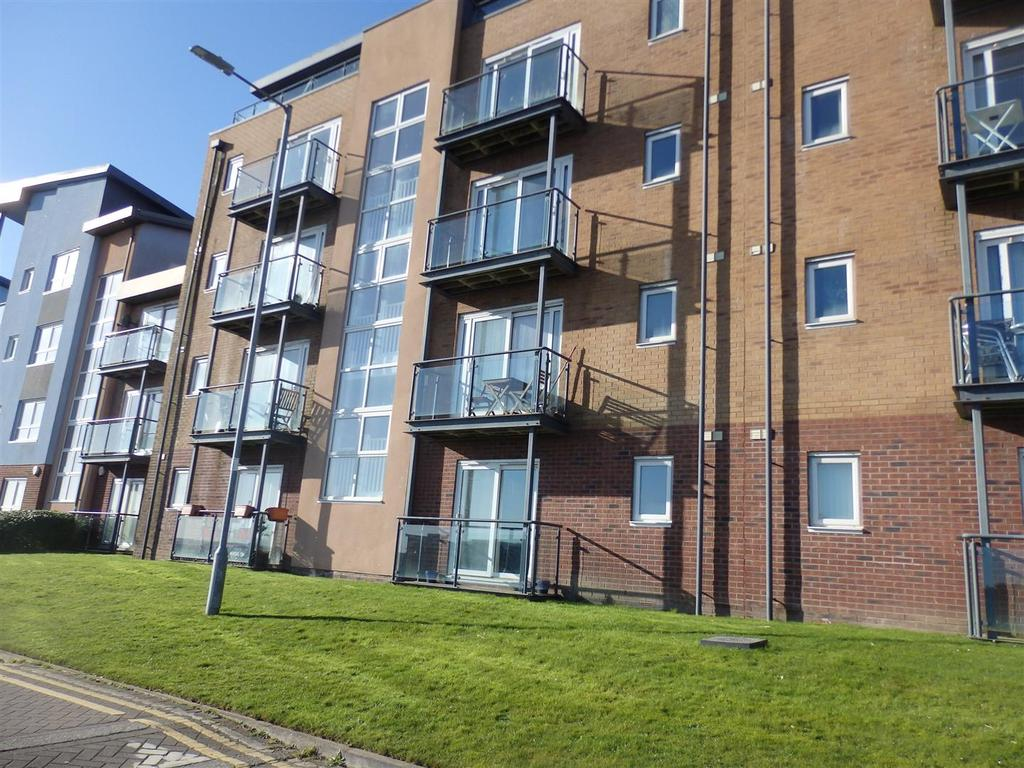 2 Bedrooms Apartment Flat for sale in Pentre Doc Y Gogledd, Llanelli