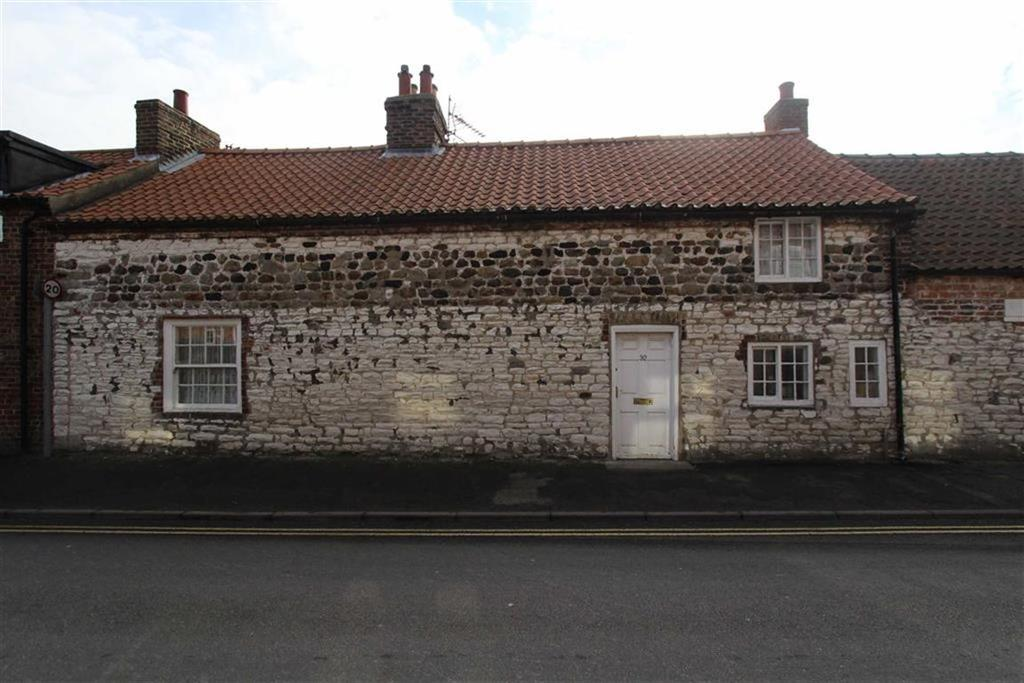 3 Bedrooms Terraced House for sale in Main Street, Sewerby, YO15
