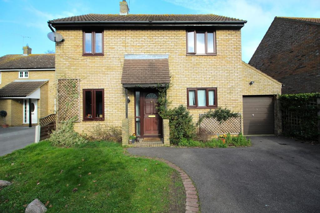4 Bedrooms Detached House for sale in Yeldham Lock, Chelmsford, Essex, CM2