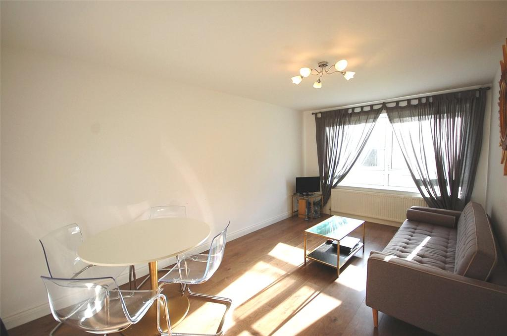 2 Bedrooms Apartment Flat for sale in Paul Court, Windsor Road, London, N3