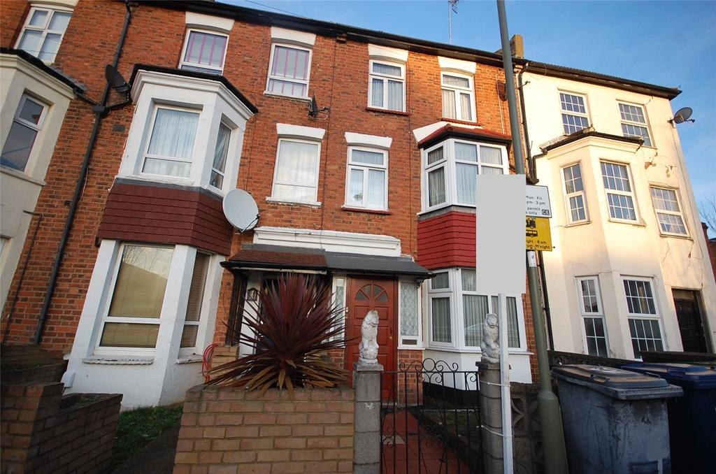 3 Bedrooms Terraced House for sale in Gruneisen Road, Finchley, London, N3