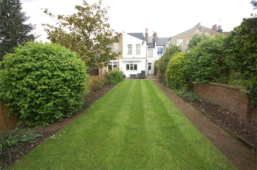 6 Bedrooms Terraced House for sale in Nether Street, North Finchley, London, N12