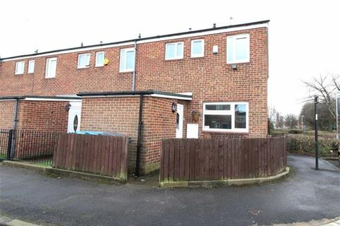3 bedroom end of terrace house for sale - Symons Close, Hull