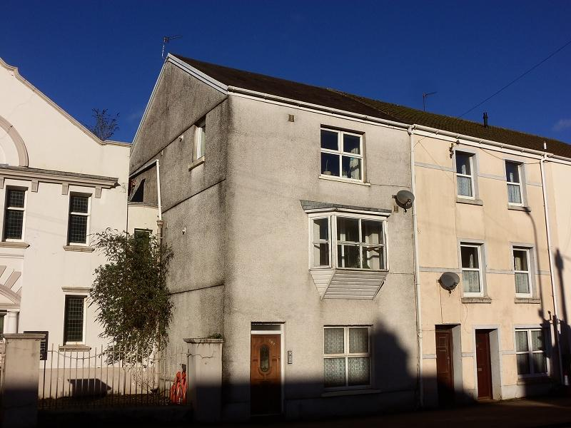 3 Bedrooms End Of Terrace House for sale in Priory Street, Carmarthen, Carmarthenshire.