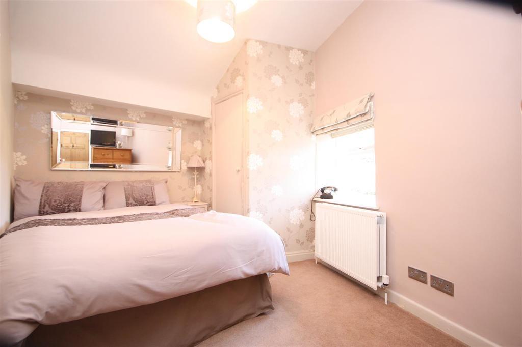 Bedroom.3.