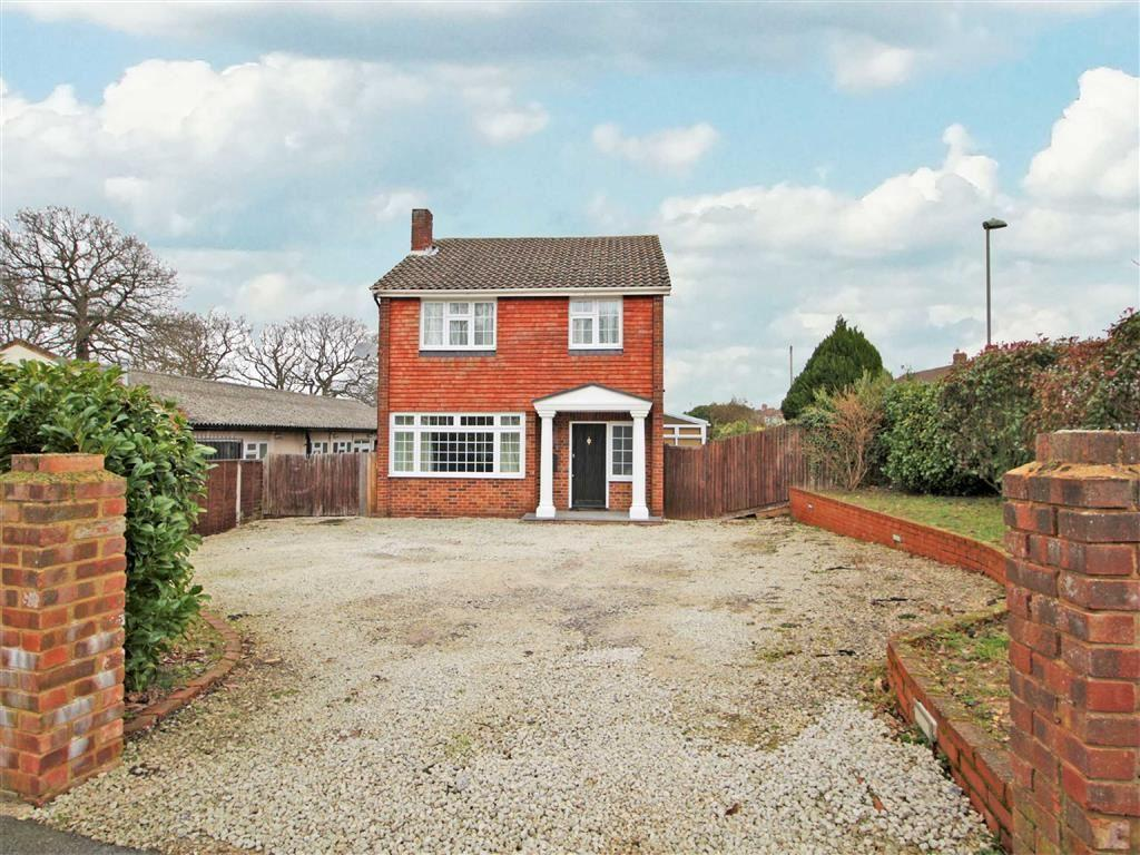 3 Bedrooms Detached House for sale in Hollingworth Road, Petts Wood, Kent