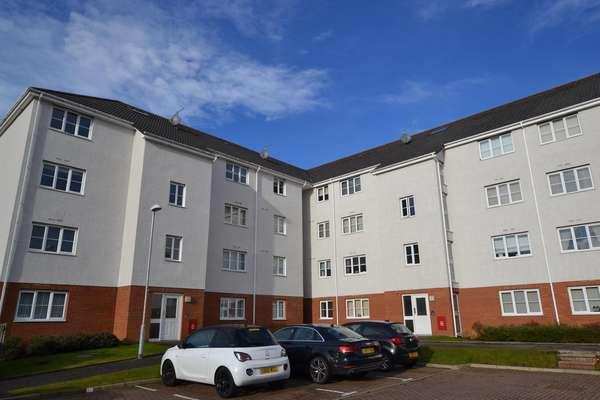 2 Bedrooms Flat for sale in Flat 3/2, 15 Brodie Drive, Baillieston, Glasgow, G69 6FD