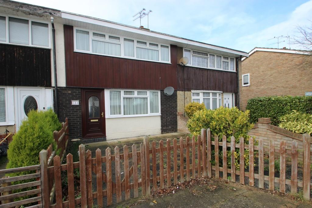 3 Bedrooms Terraced House for sale in Basildon, SS15
