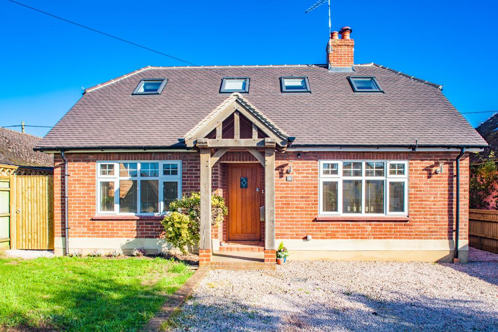 4 Bedrooms Detached House for sale in The Nook, Goring on Thames, RG8