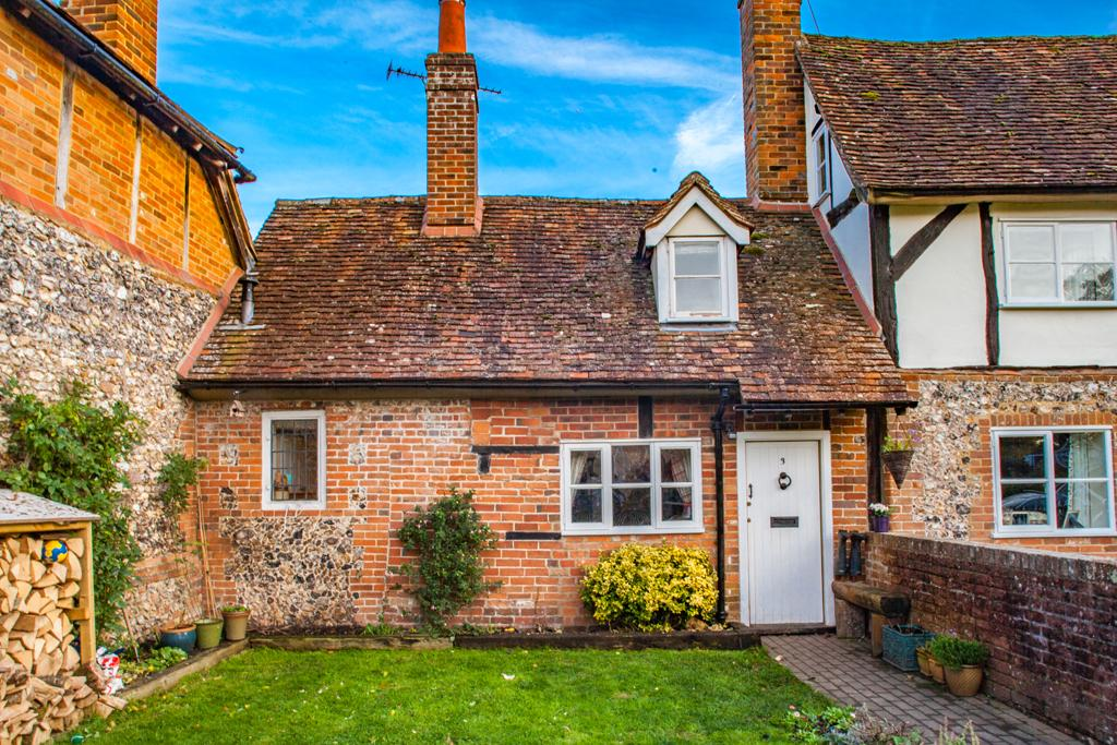 2 Bedrooms Terraced House for sale in 3 Old Cottage, Checkendon, RG8