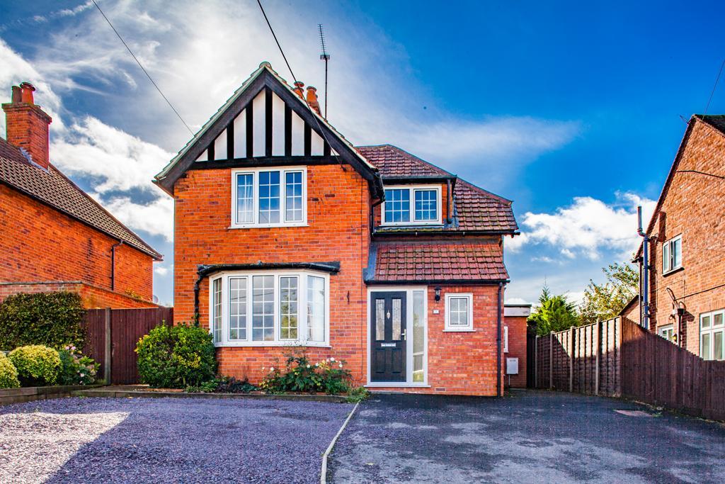 4 Bedrooms Detached House for sale in 4 Elvendon Road, Goring on Thames, RG8