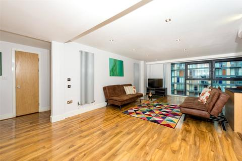 2 bedroom apartment for sale - Millharbour, South Quay, Isle Of Dogs, E14