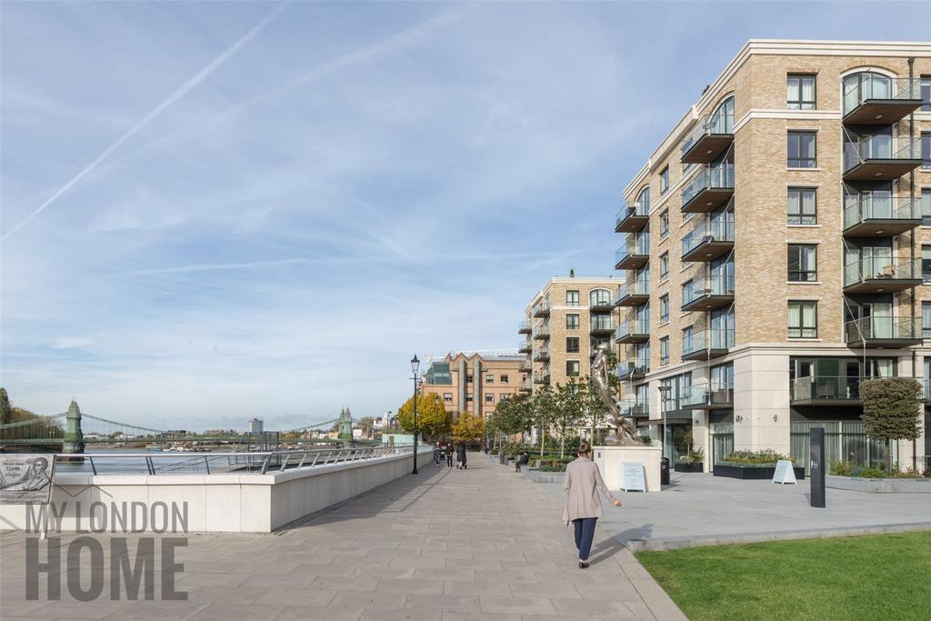 3 Bedrooms Apartment Flat for sale in Faulkner House, Fulham Reach, Fulham, London, W6