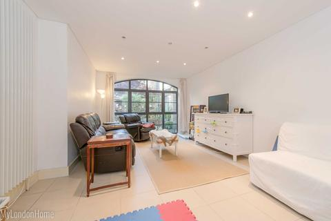 4 bedroom apartment for sale - Latchfords Yard, Covent Garden, London, WC2H