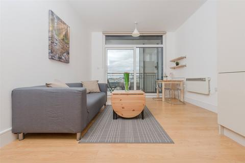 1 bedroom apartment - This Space, 1 Cornell Square, Nine Elms, SW8